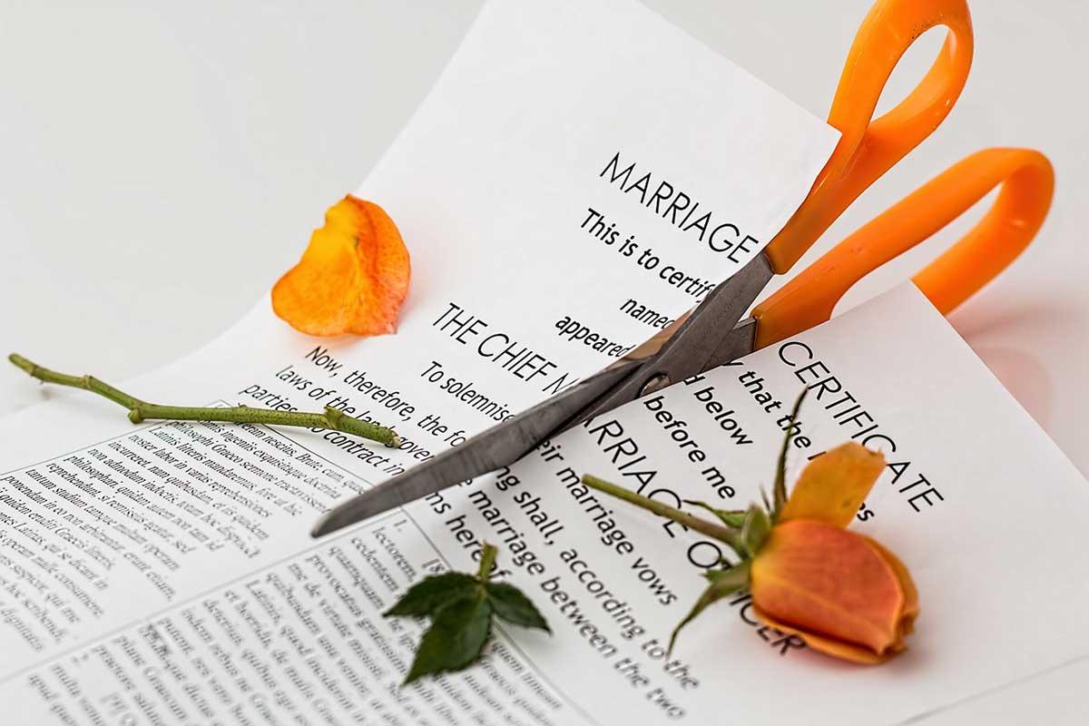 Le CAL soutient les enseignants divorcés