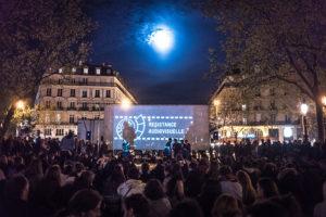 """Paris en duplex avec Lyon, pour une """"résistance audiovisuelle"""" dont le contenu manque parfois de clarté."""