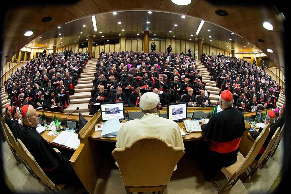 Quand la laïcité  déshabille les évêques