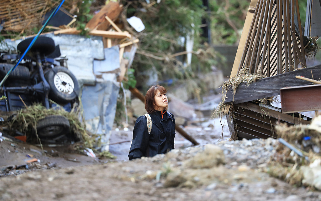 A photo shows a residential area where was flooded as the banks of Chikuma River collapsed in Nagano City, Nagano Prefecture on October 15, 2109. Typhoon Hagibis, a powerful super typhoon, made a landfall in Japan on Oct. 12th, and caused huge damage in wide area of Japan. Local residents were struck dumb with surprise. ( The Yomiuri Shimbun )