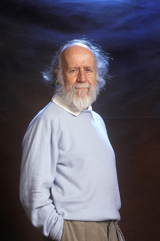 Hubert Reeves, Canadian astrophysician in 2001. Credit: Ulf Andersen / Aurimages. (Photo by ULF ANDERSEN / Ulf Andersen / Aurimages via AFP)