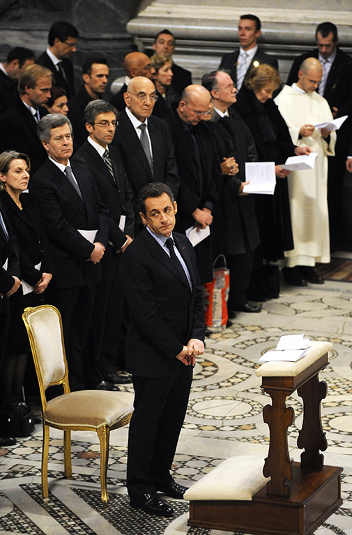 French president Nicolas Sarkozy is made an honorary canon of Saint-Jean-de-Latran, a distinction bestowed on all French heads of state, 20 December 2007 in Rome. The visit comes amid a media frenzy in France over Sarkozy's reported romance with singer and ex-model Carla Bruni, just two months after a divorce from his second wife Cecilia was announced. AFP PHOTO / ERIC FEFERBERG